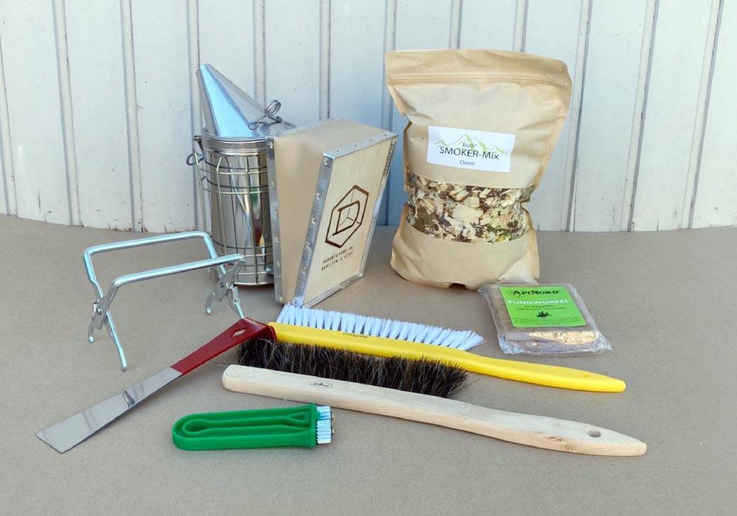 Foto Werkzeuge Imkerei